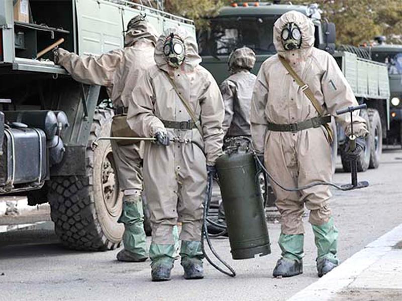 Фото: специалисты войск РХБЗ ВВО провели дезинфекцию трех воинских частей и жилого городка в Амурской области