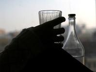 """В апреле в условиях """"самоизоляции"""" в РФ выросли розничные продажи вина и водки"""