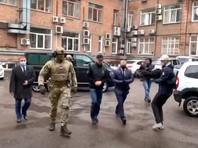 Об этом ТАСС сообщил источник в правоохранительных органах. По его словам, Быков задержан сотрудниками МВД и ФСБ, уголовное дело возбуждено Следственным комитетом РФ