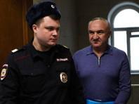 Рауль Арашуков (справа)