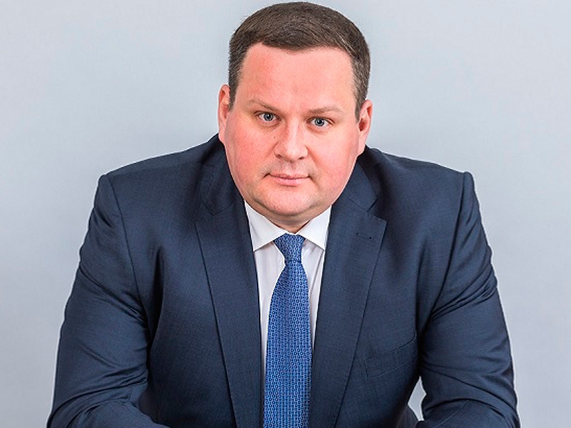 Правительство не рассматривало возможность раздать населению ликвидные средства Фонда национального благосостояния (ФНБ), но рассматривало привлечение части ресурсов для решения текущих задач, заявил глава Минтруда РФ Антон Котяков