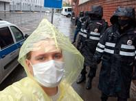 В Москве у здания СК задержали участников акции в поддержку адвокатов из Кабардино-Балкарии, на которых завели уголовное дело