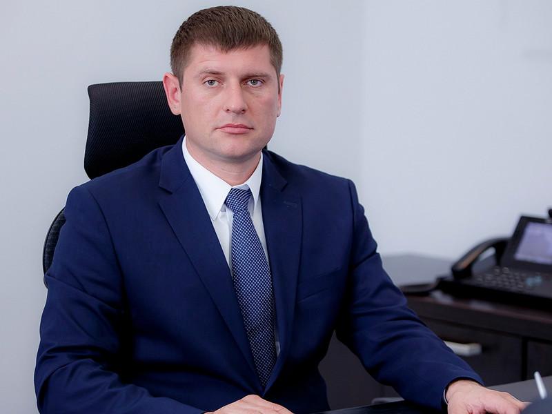 Вице-губернатор Краснодарского края Андрей Алексеенко предложил сделать платным содержание в карантинных обсерваторах людей, которые намеренно приезжают в регион, зная о действующих ограничительных мерах
