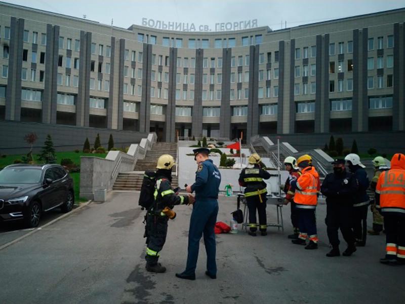 Пять человек погибли при пожаре в отделении реанимации в больнице Святого Георгия в Санкт-Петербурге
