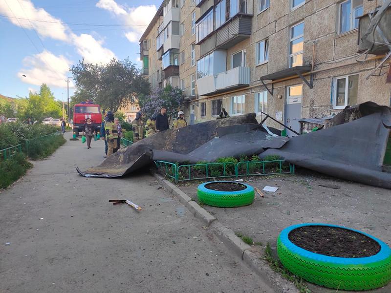 25 мая мощный шторм бушевал на Урале. Больше всего от стихии пострадала Свердловская область