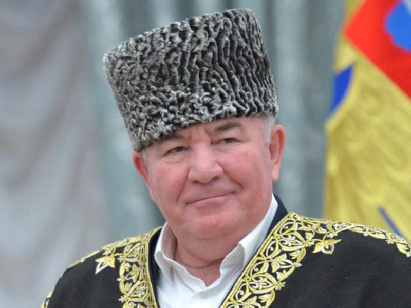 Муфтий Карачаево-Черкесии и глава Координационного центра мусульман Северного Кавказа доставлен в реанимацию в Москве