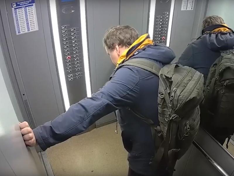 Znak.com нашел белые пятна в деле убитого СОБРом екатеринбуржца и задал шесть вопросов к расследованию
