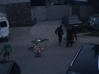 В Твери омоновцы сломали челюсть велосипедисту, попросившему у них насос, и обвинили его в нападении (ВИДЕО)