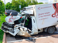 Машина погибшего Сергея Захарова, в которую врезался Михаил Ефремов