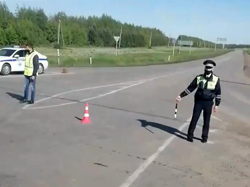 Патрули ГИБДД незамедлительно закрыли для проезда семикилометровый участок дороги на въезде в Новочебоксарск от старого поста ГАИ до перeкрестка у Атлашево