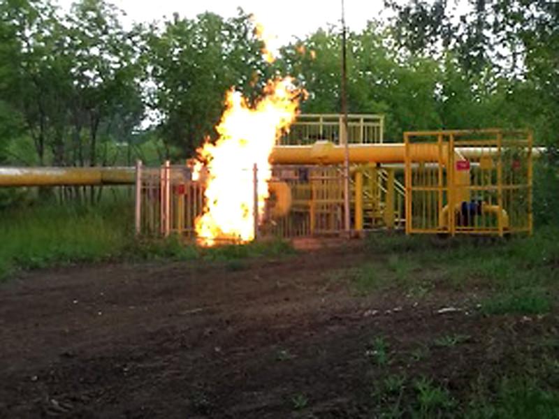 На распределительном газопроводе в Кировском районе Омска произошел пожар, из-за которого часть потребителей осталась без газа