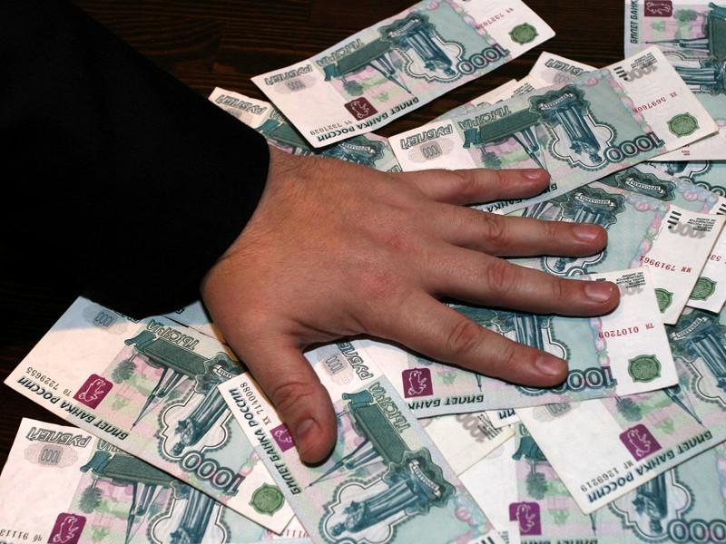Суммы мзды варьировались от 15 тысяч рублей с рядовых и сержантов до 60 тысяч рублей с офицеров