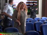 Мать погибшей девушки извинилась перед Кадыровым за версию о том, что ее дочь могли убить. Глава Чечни распорядился забрать у нее внуков
