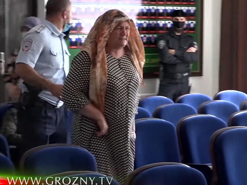 Мать погибшей 23-летней Мадины Умаевой, Хутмат Давлетмирзаева