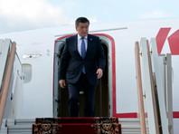 Прибывший в Москву на парад Победы президент Киргизии Сооронбай Жээнбеков не смог принять непосредственное участие в торжествах на Красной площади из-за коронавируса у двух членов его делегации