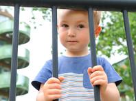"""Роспотребнадзор продлил """"особый режим хранения детей"""" в детдомах до 2021 года, возмутив благотворителей"""