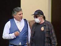 Адвокат Эльман Пашаев (слева) и актер Михаил Ефремов