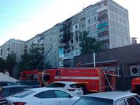 В самой квартире, где произошел взрыв, на момент происшествия никого не было, все пострадавшие - соседи. Всего спасателями МЧС из дома эвакуировано 28 человек