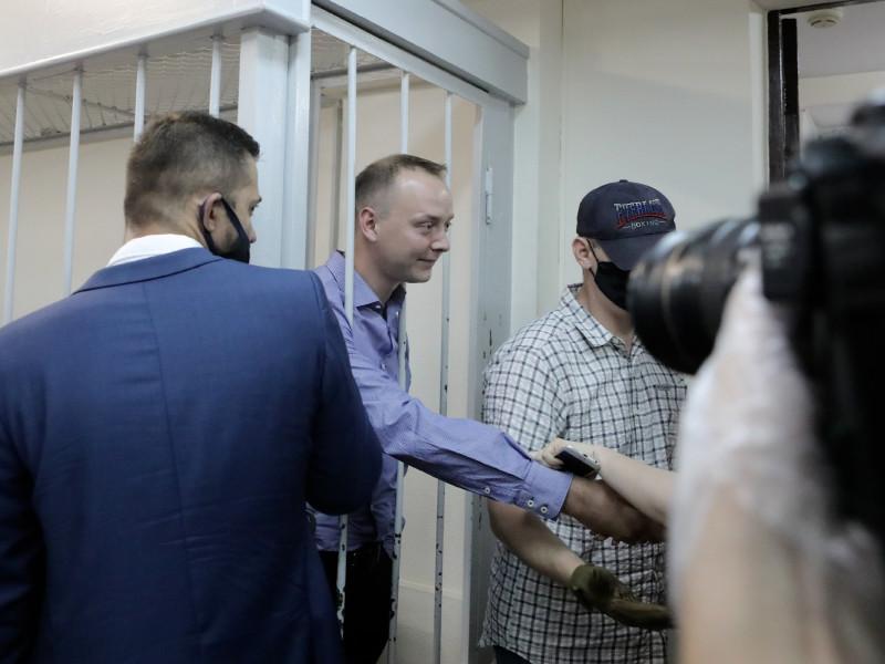 Ведущие российские СМИ опубликовали редакционные материалы с требованием прозрачного расследования дела Сафронова