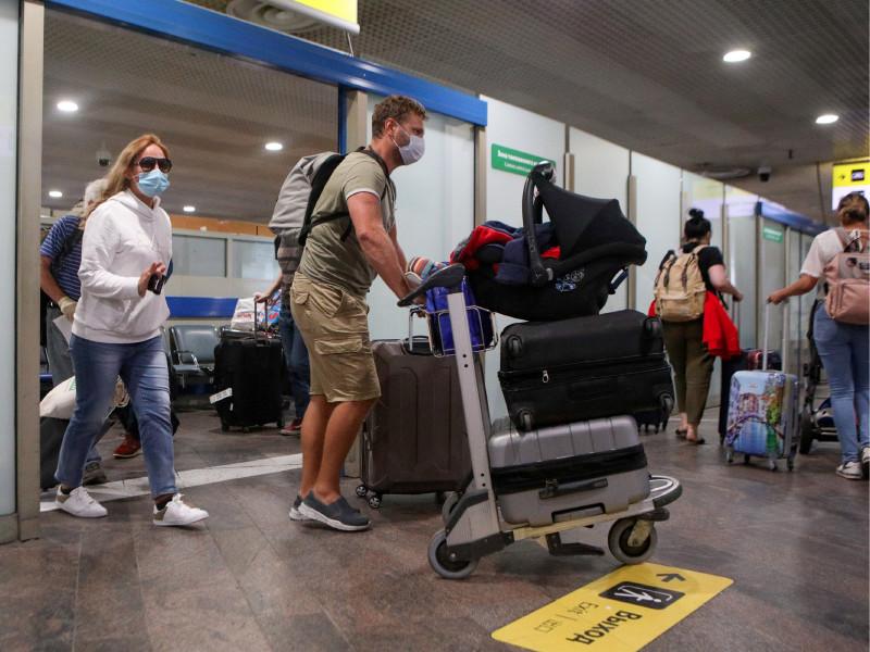 14-дневный карантин для въезжающих в Россию отменяется с 15 июля