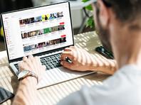 Из представленной Роскомнадзором статистики следует, что зачастую требования законодательства нарушаются крупными интернет-ресурсами, зарегистрированными за пределами Российской Федерации. Так, с интернет-ресурса YouTube, вопреки требованиям Роскомнадзора, к апрелю 2020 года не удалено 10 482 страниц URL с запрещенной информацией