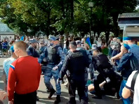 В Москве произошла драка между росгвардейцами и десантниками, отмечающими день ВДВ