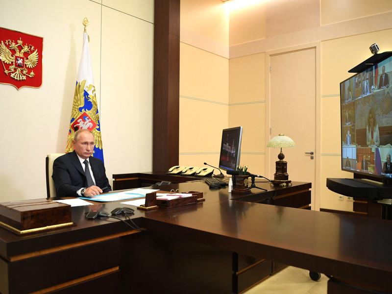 Президент РФ Владимир Путин, открывая совещание с членами правительства, сообщил о регистрации первой в мире вакцины от коронавирусной инфекции в России