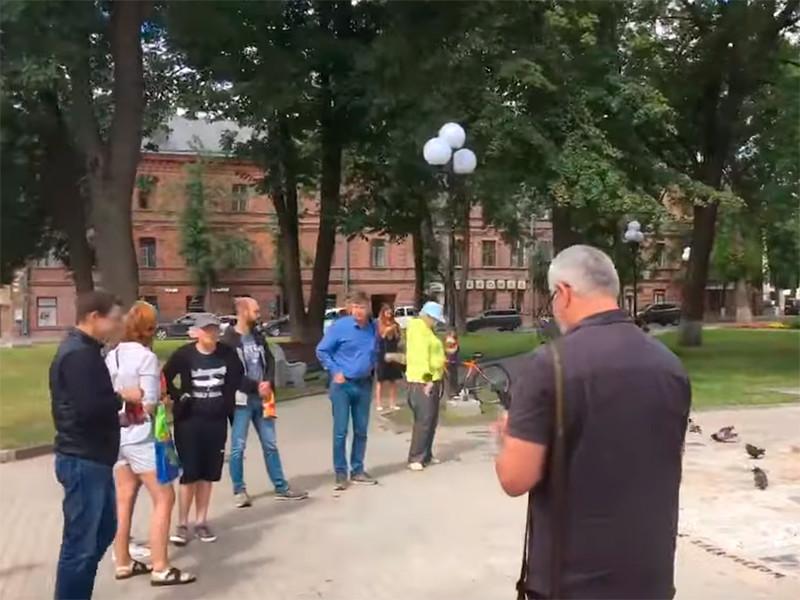 В Пскове трех журналистов вызвали в полицию из-за освещения акции в поддержку Хабаровска
