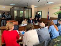 Участники процесса по делу Михаила Ефремова о смертельном ДТП в зале Пресненского суда, 21 августа 2020 года