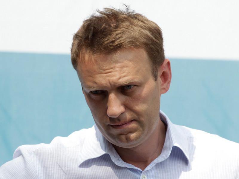"""РИА """"Новости"""" сообщило о пониженной температуре тела у Навального перед транспортировкой в Берлин"""