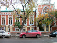 В помещении магазина театрального музея имени Бахрушина в Москве в воскресенье обрушилась часть потолка l