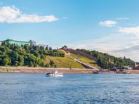 В Нижнем Новгороде на мель сел катер со съемочной группой Леонида Парфенова