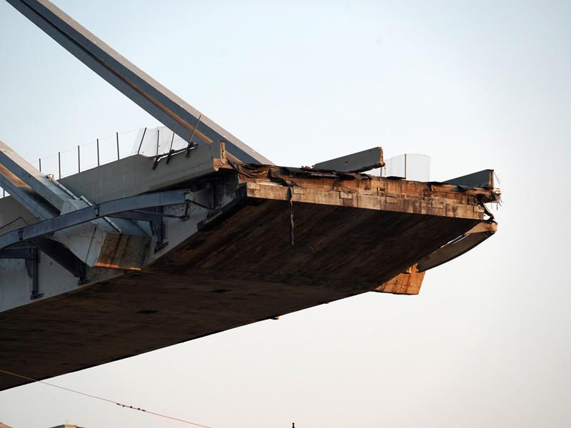 Конструкции моста обрушились на военных учениях в Еврейской автономной области, в результате пострадали 18 человек. Об этом ТАСС сообщили в экстренных службах
