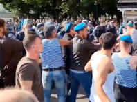 В Москве начали расследование из-за потасовки десантников с росгвардейцами в парке Горького