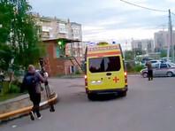 """Рано утром 22 августа Навального вывезли медицинским бортом в берлинскую клинику """"Шарите"""". Врачи омской больницы поначалу заявляли, что Навальный """"нетранспортабелен"""", и настаивали, чтобы он оставался в Омске до тех пор, пока его состояние не стабилизируется полностью"""