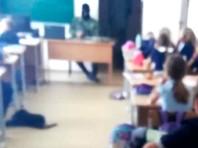 """В школе Тюменской области пятиклассников напугали появлением """"террориста"""", чтобы разобрать ошибки их поведения при захвате заложников"""