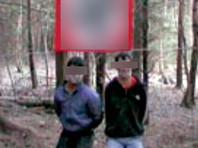 """В 2007 году в интернете было опубликовано жуткое видео под названием """"Казнь таджика и дага"""". В нем неонацисты, скрывавшие лица под масками, убили в лесу на фоне флага со свастикой двух связанных мужчин неславянской внешности"""