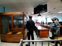 Городской суд Санкт-Петербурга на основании вердикта присяжных признал Аркадия Нусимовича, Геннадия Левинского и Алексея Геворкяна виновными в вооруженном нападении на полицейских и хищении 24 миллионов рублей, совершенных в декабре 2015 года