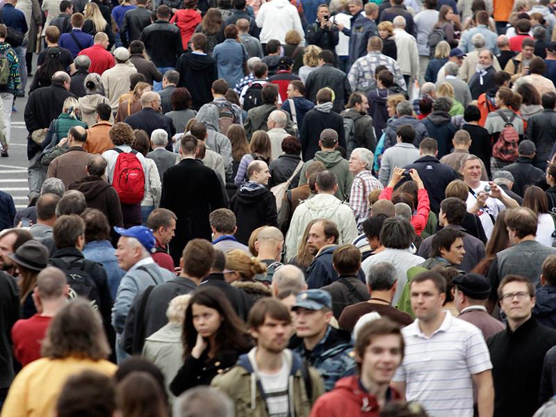 Общая численность населения России на фоне пандемии по итогам 2020 года, по предварительной оценке, сократится на 158 тыс. человек - это максимум за 14 лет
