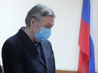 Пресненский суд Москвы приговорил актера Михаила Ефремова к восьми годам колонии общего режима за гибель человека в ДТП