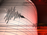 Землетрясения произошли в 15 км от поселка Култук, расположенном на берегу Байкала. Первое - магнитудой 5.6 в 21:05 мск, второе - магнитудой 2.3 - в 21:20 мск. По данным МЧС, толчки ощущались на территории 12 районов