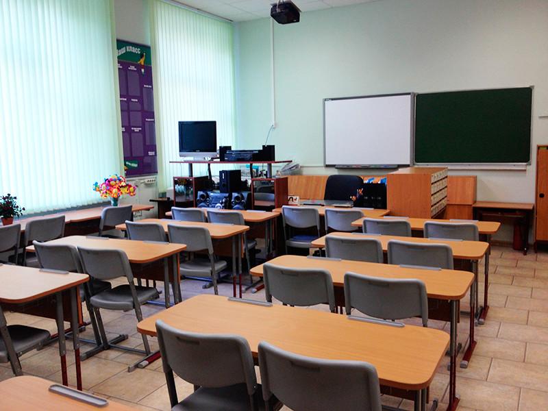 Московские школы уйдут на двухнедельные каникулы из-за роста случаев COVID-19 и сезона простуд