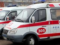 Ночью 27 октября машины скорой помощи привезли к зданию Минздрава Омской области пациентов в тяжелом состоянии, которых не принимали в больнице
