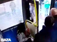 В Москве водитель избил отказавшегося надевать маску пассажира автобуса