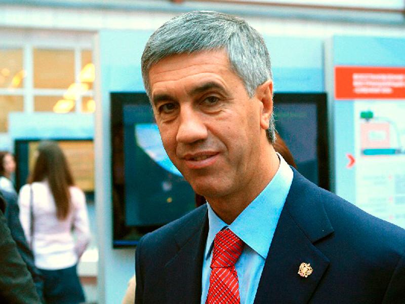 ВКрасноярске задержали экс-депутата Анатолия Быкова, которого только днем выпустили изСИЗО