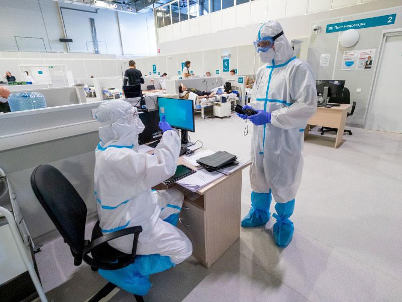 В России новый рекорд по числу заболевших коронавирусом за сутки - 17 347 человек