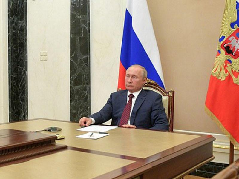 Путин отложит поздравление избранному президенту США до официального подведения итогов