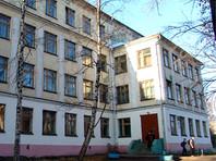 В школе Архангельска во время урока на учеников упала штукатурка