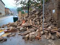 Специалисты управления министерства культуры РФ по Южному и Северо-Кавказскому федеральным округам посетят место обрушения стены крепости, входящей в список объектов наследия ЮНЕСКО, и выработают позицию по восстановлению памятника
