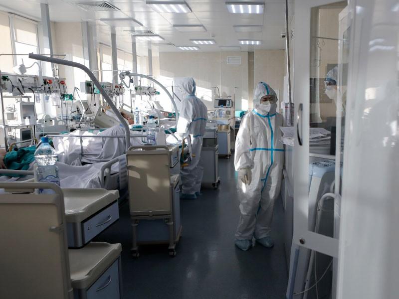 Россия обновила рекорды по числу заболевших коронавирусом и вылечившихся от него